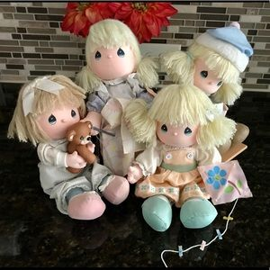LOT of 4 Vintage Precious Moments Dolls